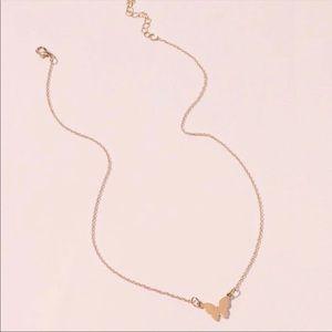 3/$30 💛 Dainty Butterfly Necklace